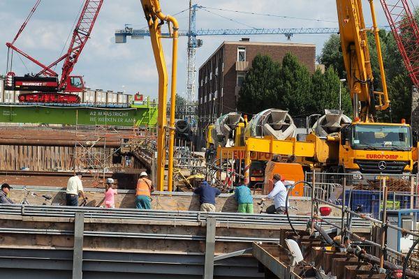 Bouwweg voor tunneltransporten - Reen van Beek.jpg