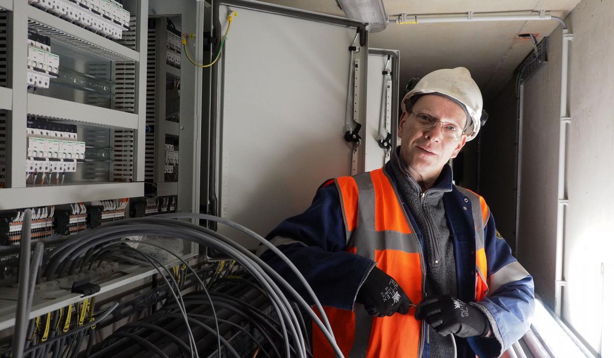 Team VTTI had 800 kilometer kabels nodig. © Reen van Beek