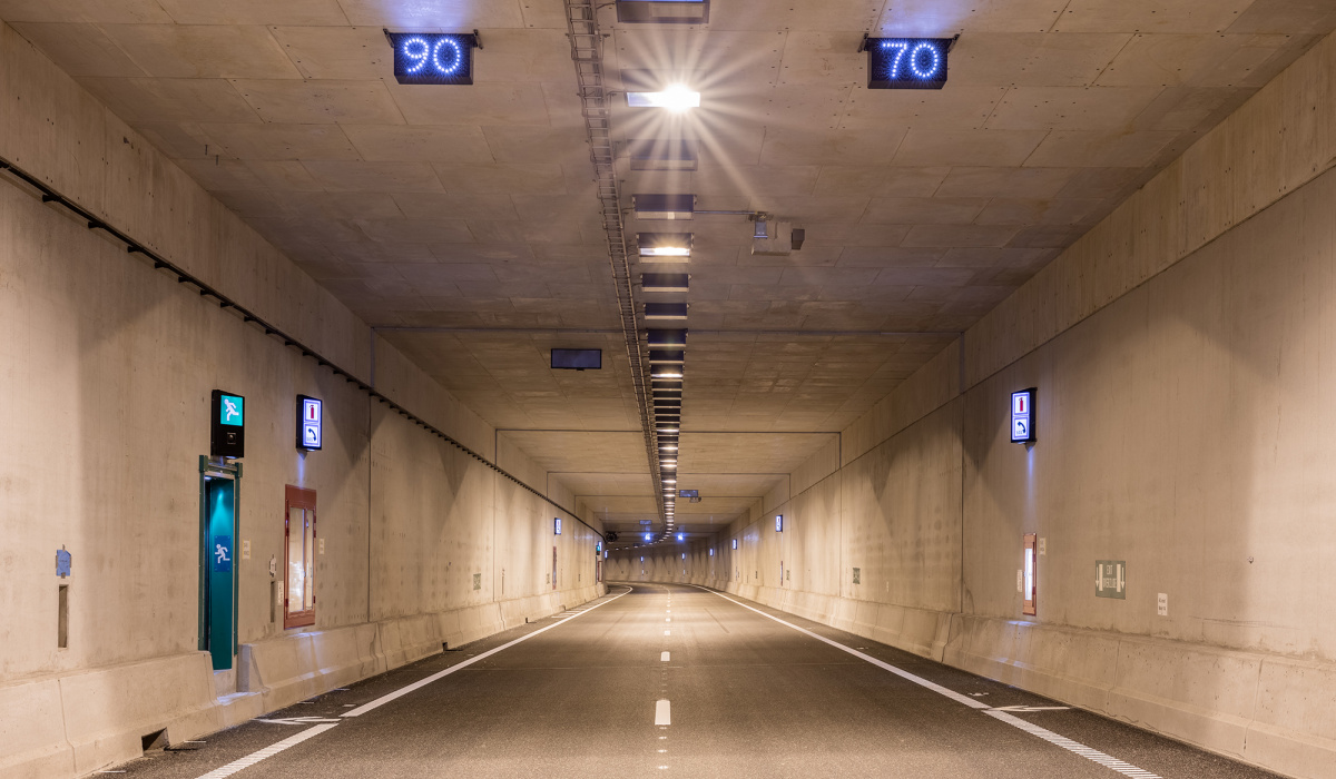 Diverse installaties in de Koning Willem-Alexandertunnel. © Fred Berghmans