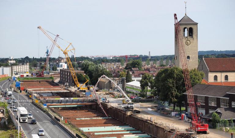 Twee tunnelbouwtreinen komen samen bij Lourdesker - Reen van Beek.jpg