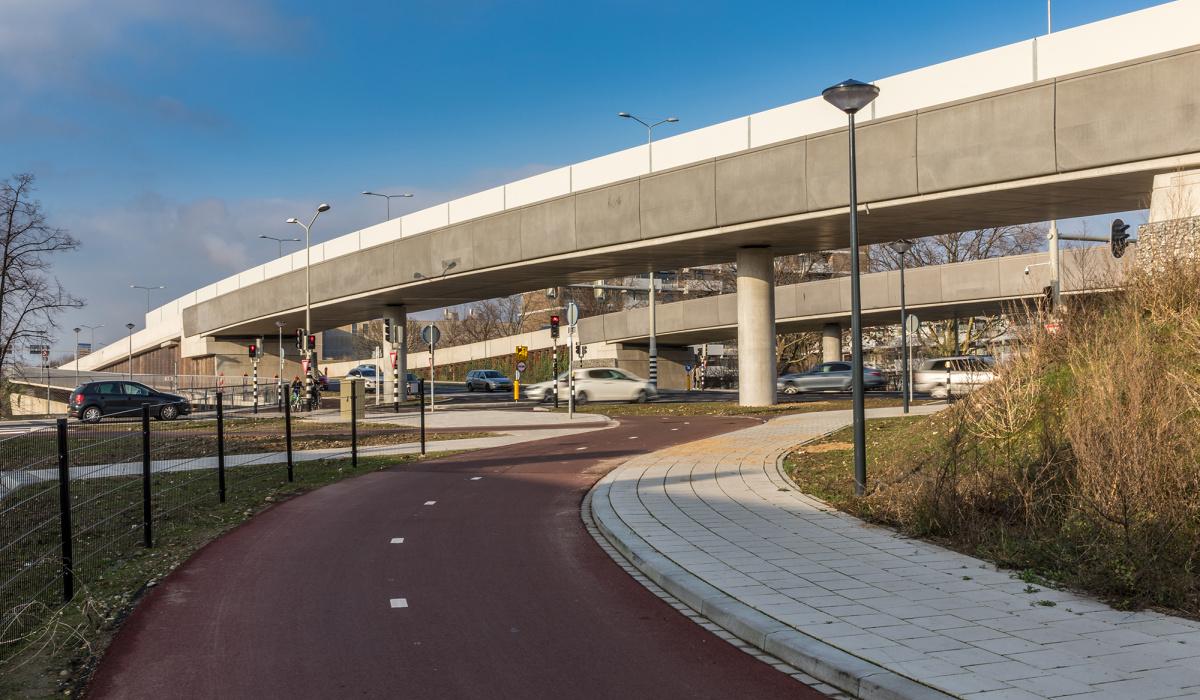 Noorderpoort-Zuid met erachter Noorderpoort-Noord. © Aron Nijs