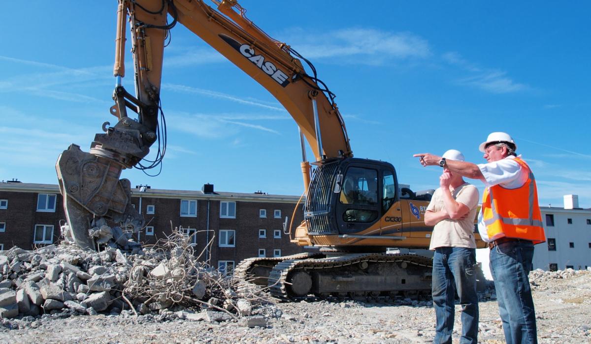 In 2011 werd de flat bij de Viaductweg als eerste gesloopt. © Reen van Beek