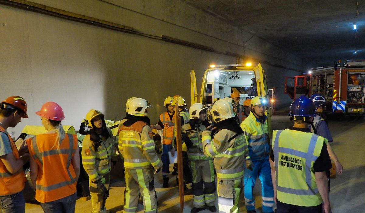 Ook tijdens de bouw oefenden de hulpdiensten in de tunnel. © Reen van Beek